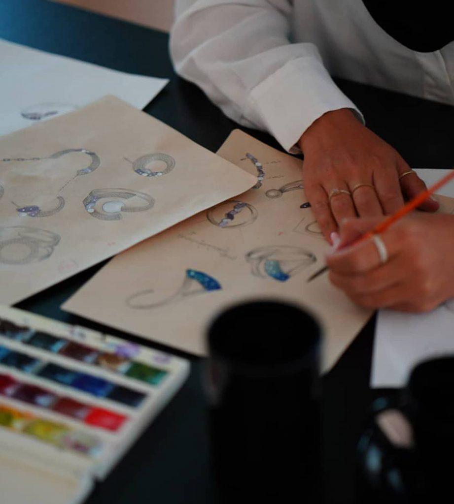پرسته منصوری طراح طلا و جواهرات