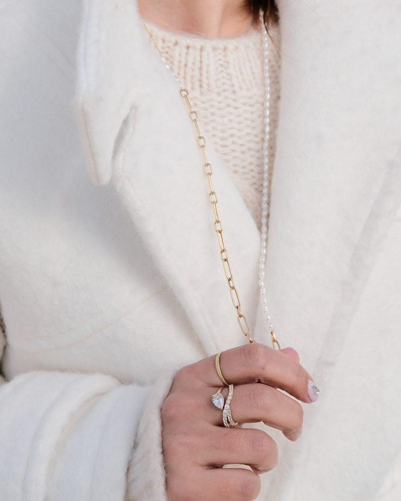 انگشتر و گردنیند طلا