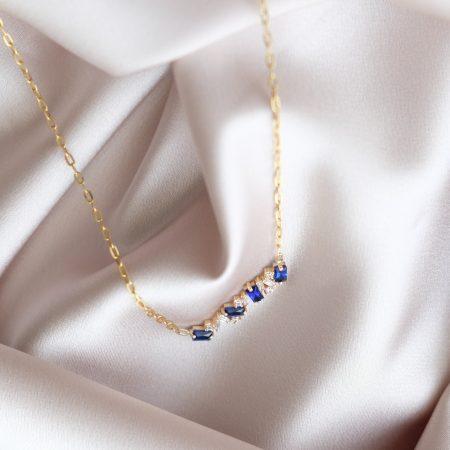 گردنبند طلا با نگین های آبی
