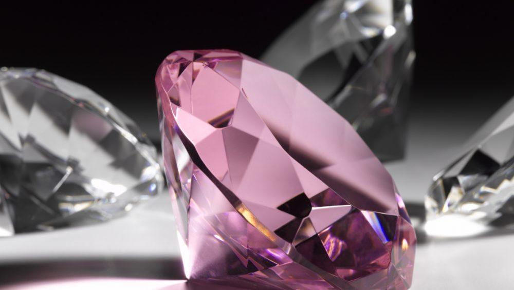 الماس صورتی جزو با ارزش ترین الماس های دنیا