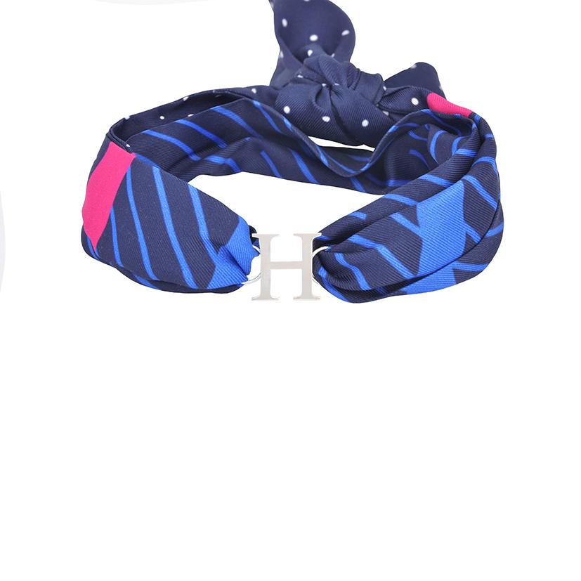 دستبند نقره با بند طرحدار H